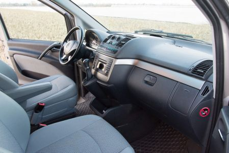 Mercedes-benz-viano-4