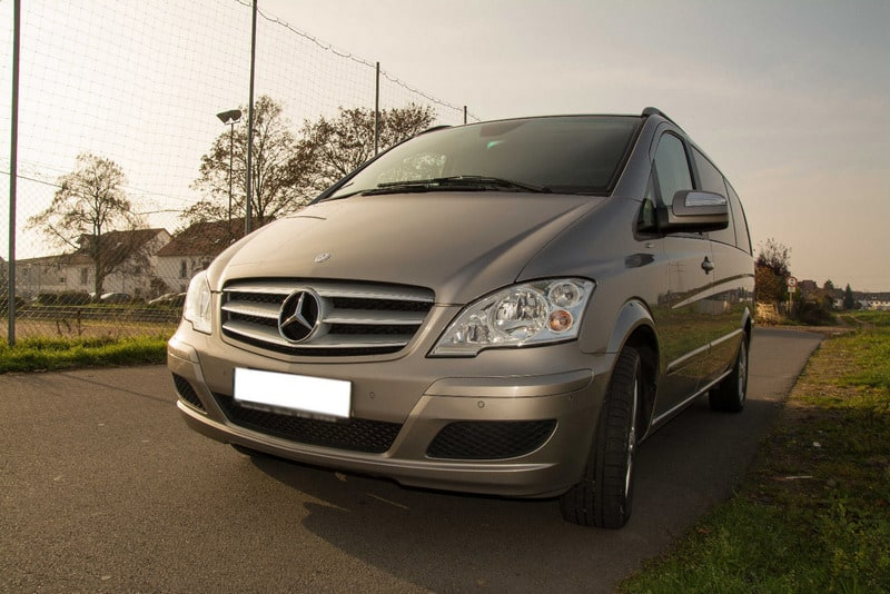 mercedes-benz-viano-1